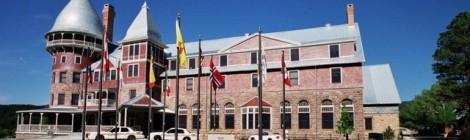 United World College: Rumah dari 200 Remaja dengan 80 Kewarganegaraan yang Berbeda