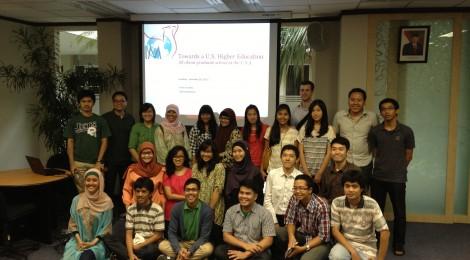 Presentasi Indonesia Mengglobal di Sunday Sharing Indonesia Future Leaders