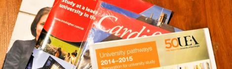 Mendaftar ke Universitas di UK/Eropa: Perlukah Bantuan Agen?