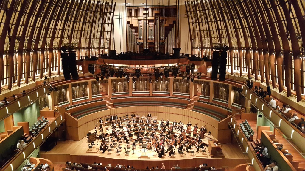 If only a decent concert hall is available near my campus, but at least the one at downtown isn't shabby either.