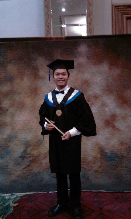 Wisuda di Universitas Binus
