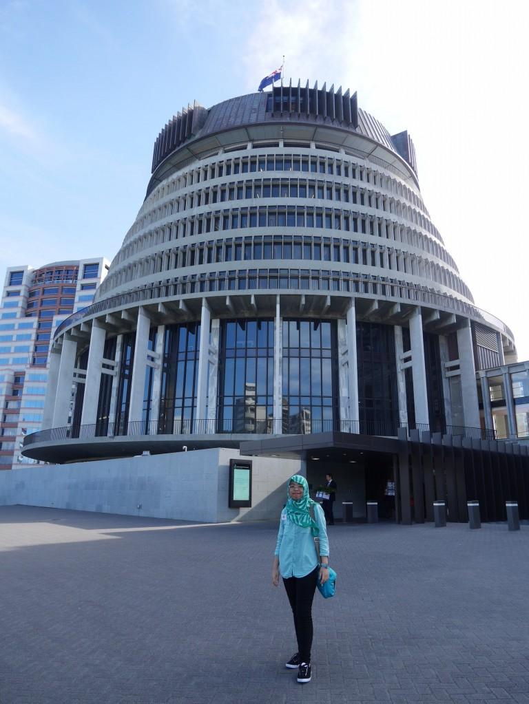 Mengunjungi Parlemen New Zealand menjadi satu cara untuk mempelajari negara tersebut secara lebih dalam