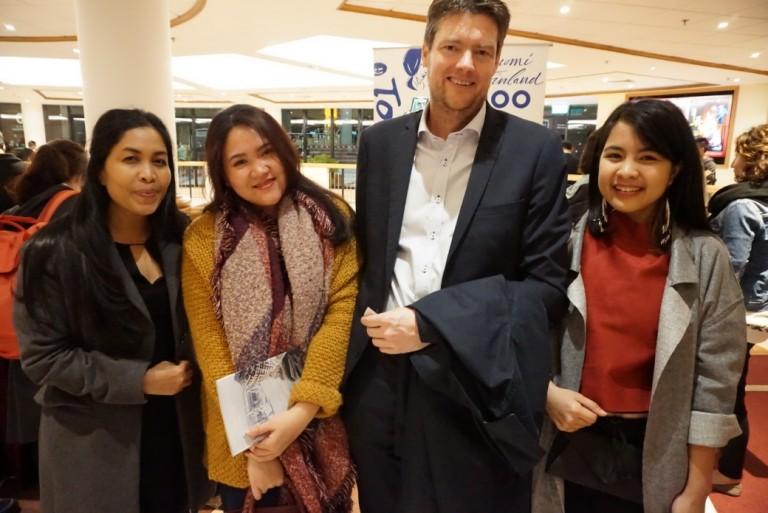 Penulis bersama Kepala IOM China dan Kepala IOM Hong Kong menghadiri Acara Pembukaan Festival Film Uni Eropa di Polytechnic University of Hong Kong