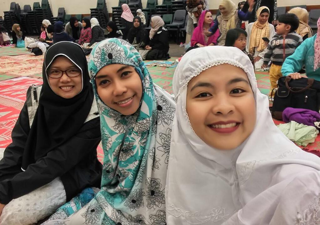 MAHASISWA MUSLIM DI SELANDIA BARU: Tips Makanan Halal