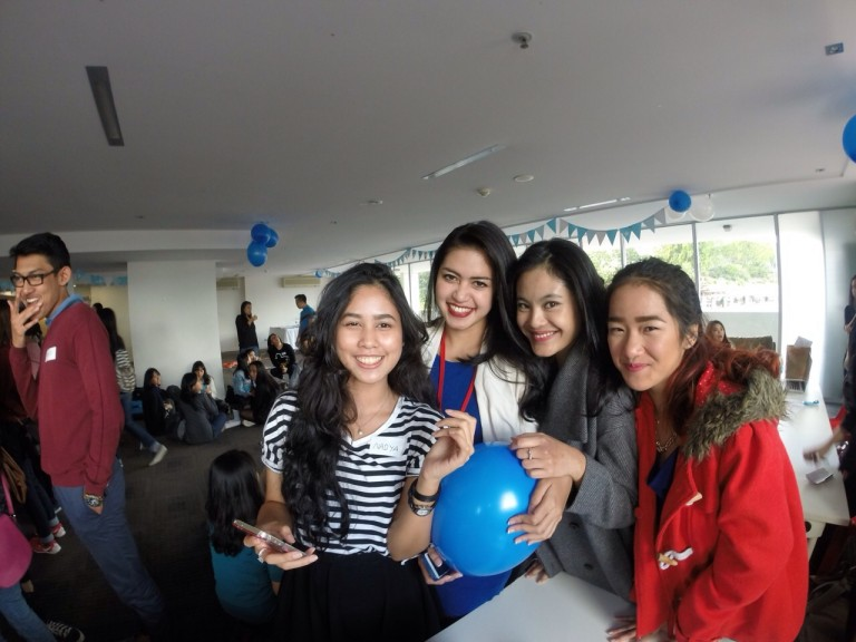 With fellow dual degree program students at one of Indonesian students event in Queensland