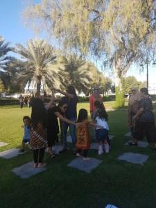 Main di taman Oman
