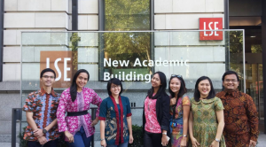 Indonesian students of LSE, 2016. (Photo by Author)