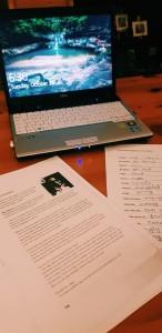 Pekerjaan rumah untuk kursus Bahasa Swedia. Foto oleh penulis.