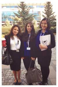 Dengan teman-teman klub Model United Nations