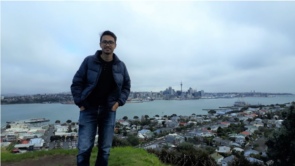 The Author and The Panorama of Auckland