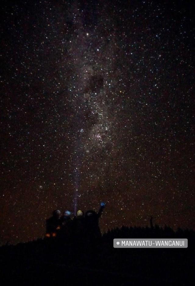 Stargazing di jalan lintas Manawatu-Wanganui antara Wellington - Ruapehu