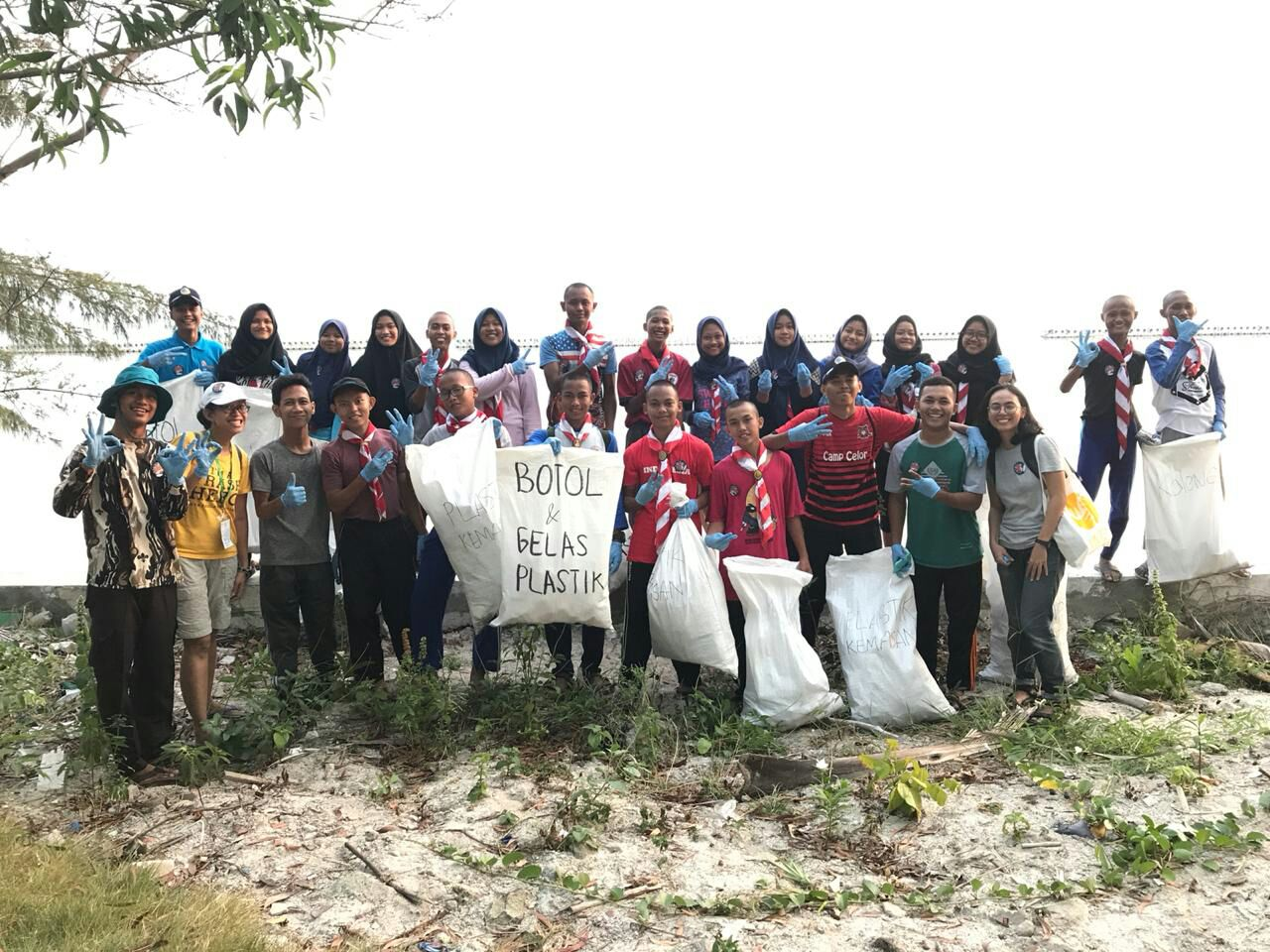 Beach Clean Up - Tidung 2018
