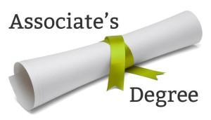 Tahukan kamu perbedaan Associate's Degree dengan Sarjana? (Source: HCID)