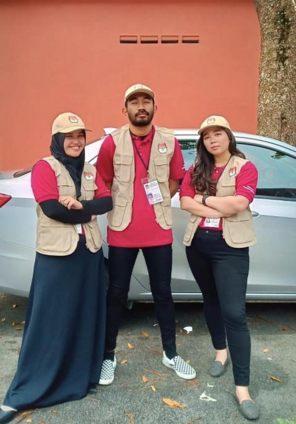 EasyUni Dewi