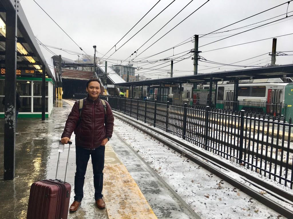 Setelah hujan di sebuah stasiun saat solo traveling di Boston.