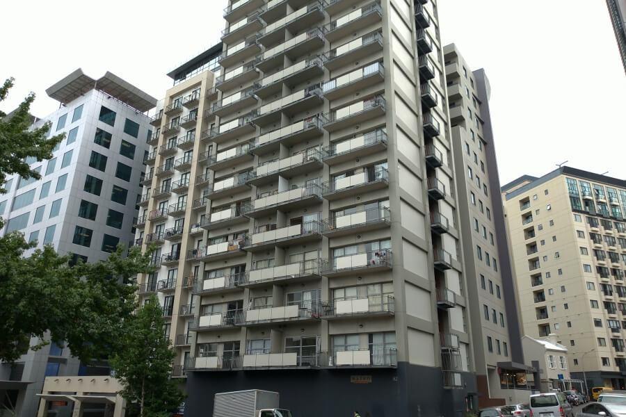 Beberapa gedung apartemen di Auckland