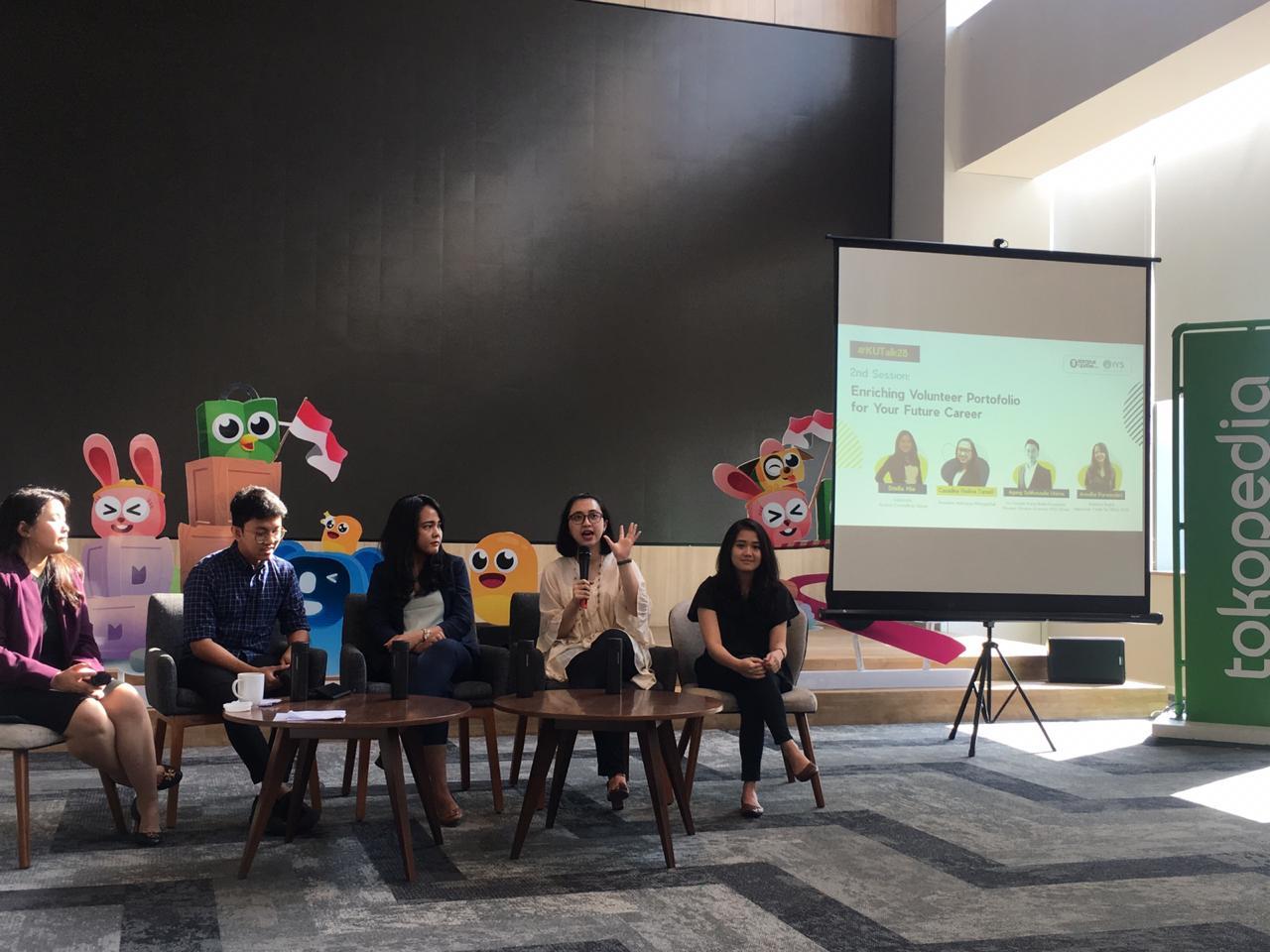 "On 16 November 2019, Indonesia Mengglobal was speaking at #KUTalk28 on ""Enriching Volunteer Portfolio for Your Future Career"""