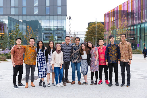 Nugra with Indonesian students in Manchester - photo from interviewee