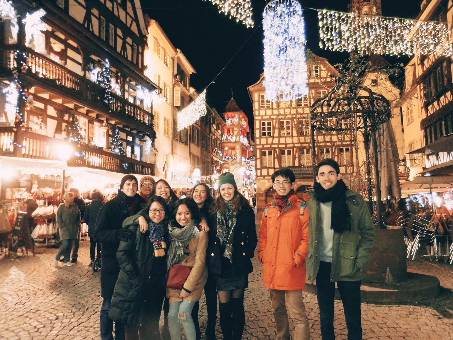 Jalan-jalan malam di Strasbourg's Christmas market bersama teman-teman kampus setelah menghadiri legal hearing di European Court of Human Rights