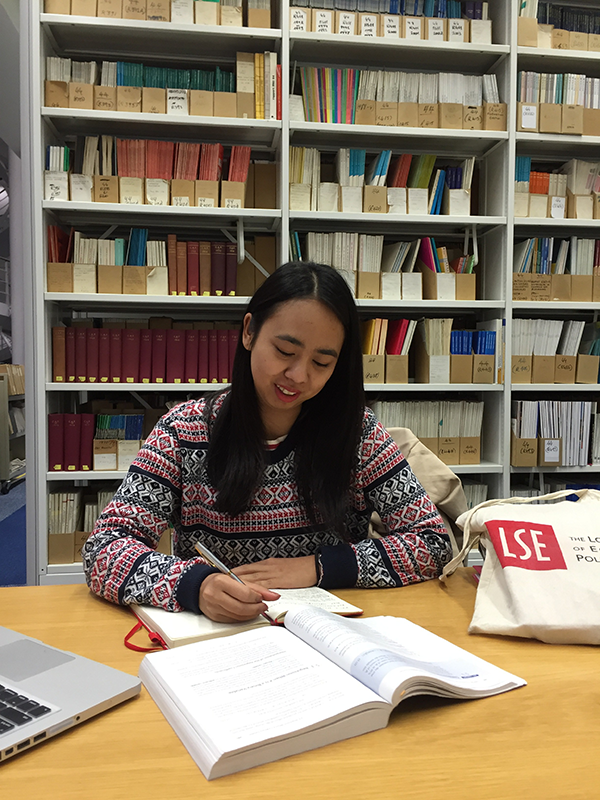 Indonesian student Amirah Kaca studying at the London School of Economics and Political Science libary