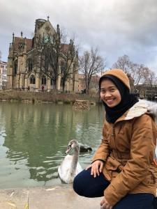 Senang menikmati taman-taman di Jerman