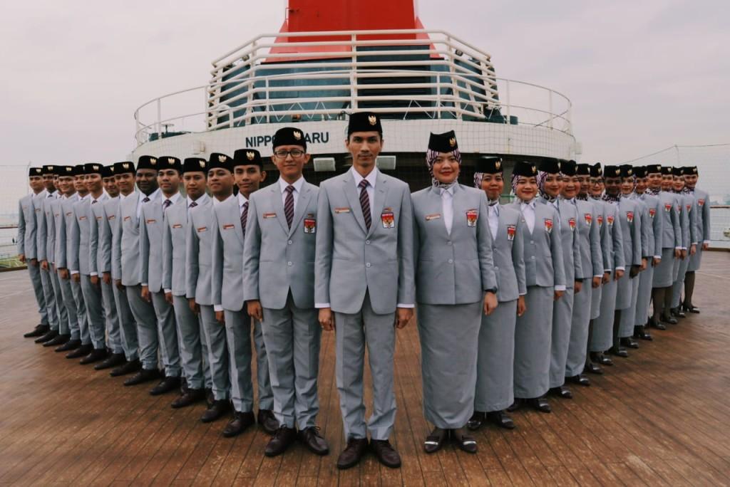 Kontingen Indonesia di Kapal Pesiar Nippon Maru.