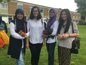 Indonesian Novelita W. Mondamina and her house mates celebrated Eid al-Fitr together in Southampton, UK