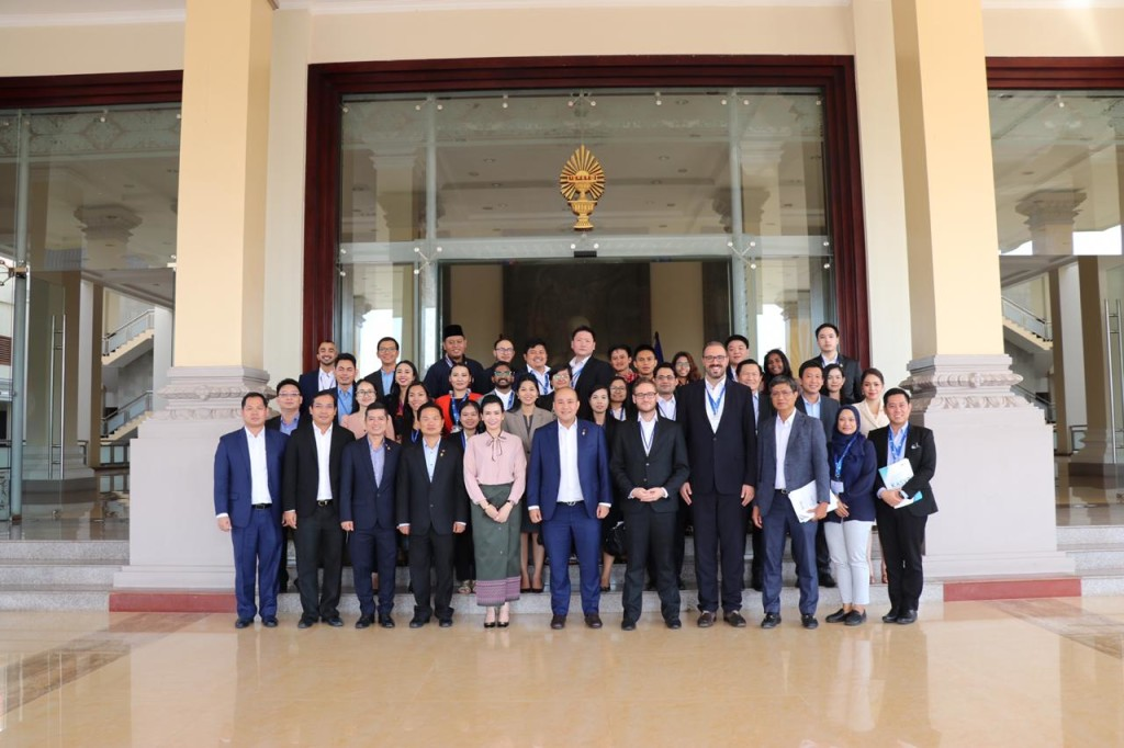 In the National Assembly of Cambodia (Source: KAS documentation).