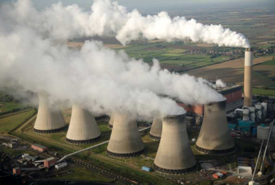 Significant portion of power plants in Indonesia still rely on fossil fuels (Source: http://www.gbgindonesia.com/en/energy/article/2017/indonesia_s_coal_industry_full_steam_ahead_11817.php)