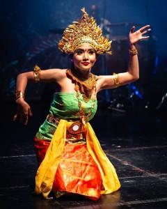 Koreografi, tata rias, bahkan kostum pun harus disiapkan sendiri