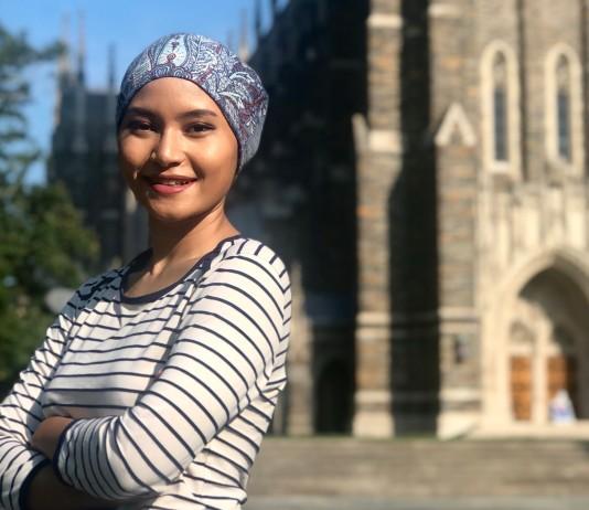 Khairunnisa Semesta (Niisa) in front of Duke Chapel.