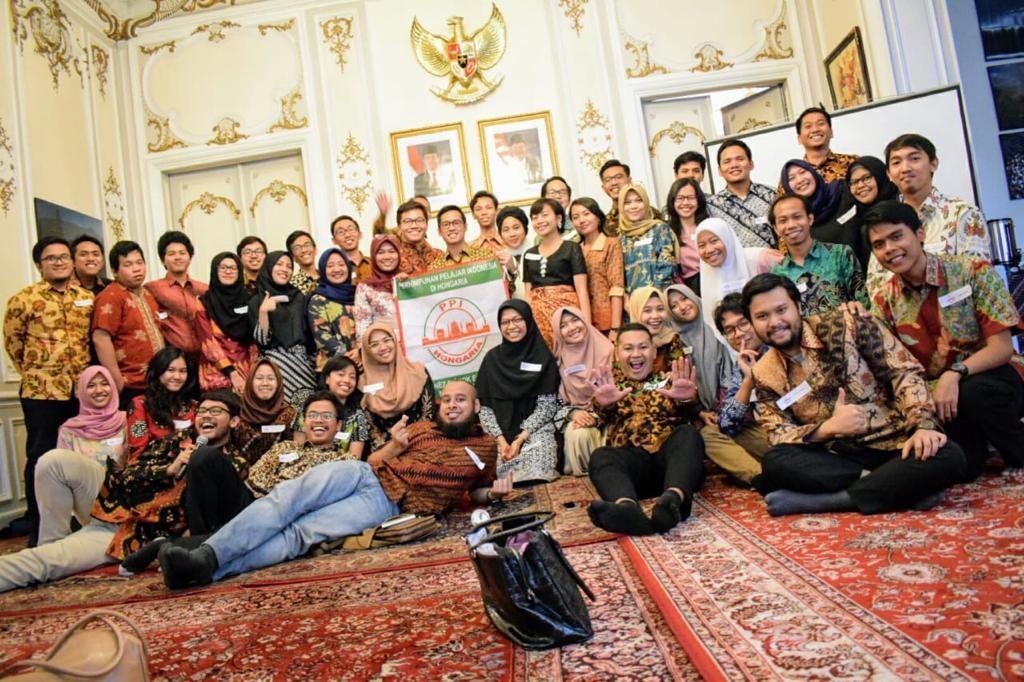 Workshop Persiapan Keberangkatan Mahasiswa Indonesia di Kedutaan Besar Hongaria di Indonesia (Sumber: dokumentasi PPI Hongaria Agustus 2019)
