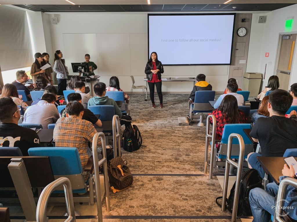 Armaya was leading the Summer Orientation 2019 to International Students.