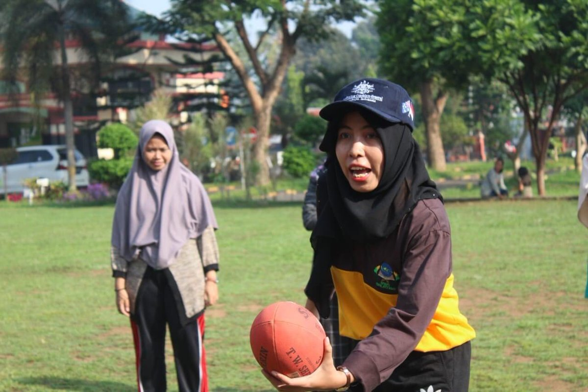 Ana when teaching Footy in Salatiga. Source: ana.stnk (Twitter)