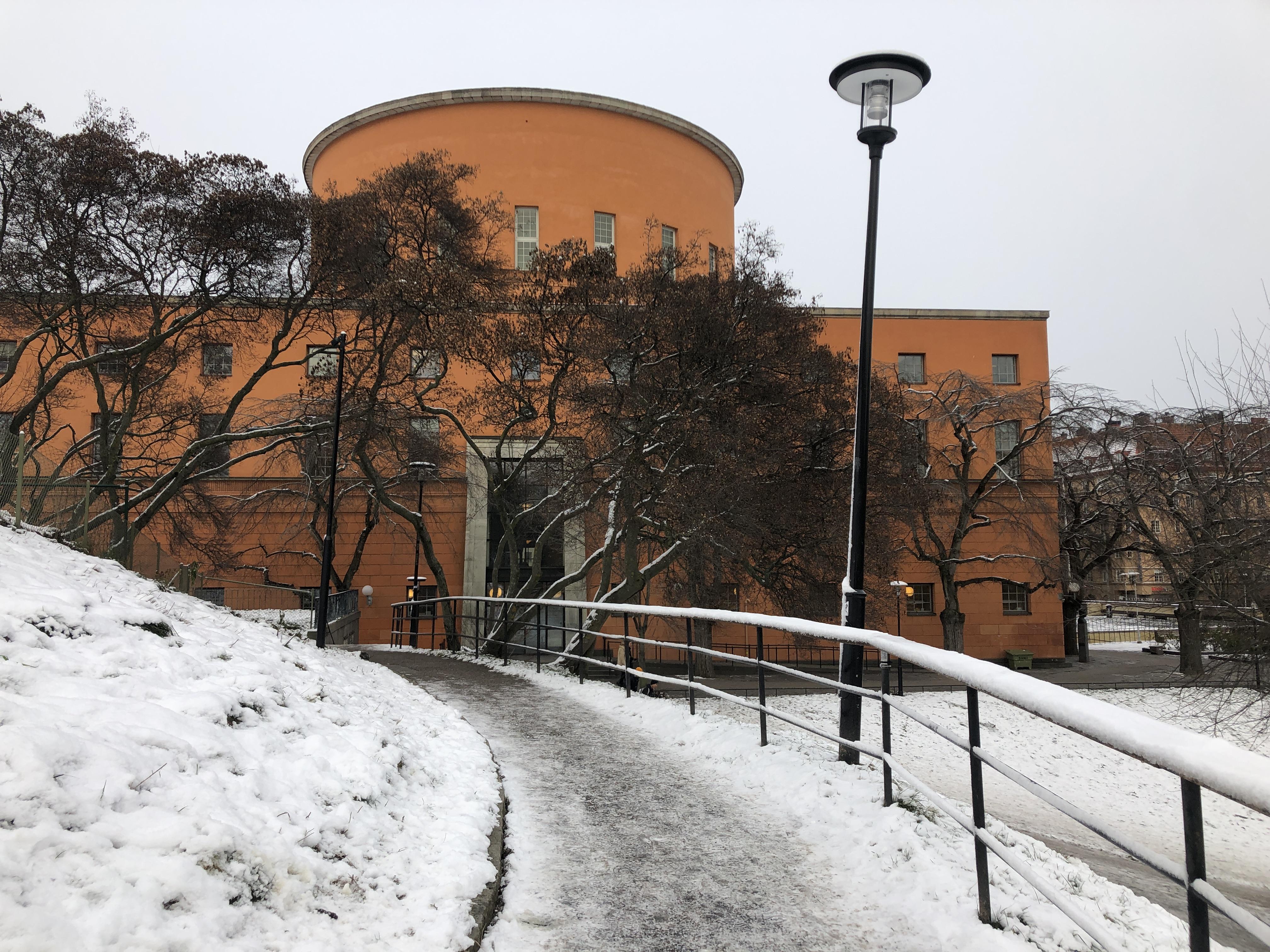 Perpustakaan Kota Stockholm di musim dingin