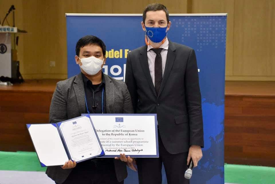 Terpilih menjadi salah satu partisipan terbaik dalam European Model Union 2020 di Korea Selatan.