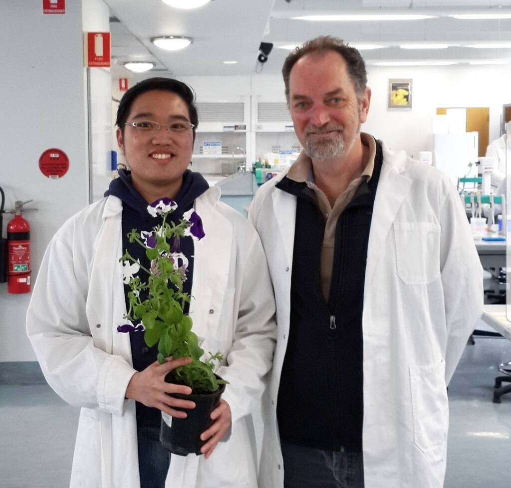 Stevanus and his university professor during a lab project. Source: Personal documentation