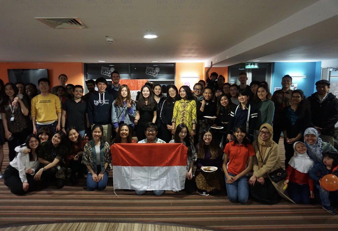 IndoNight session bersama teman-teman ASEAN, UK, dan mahasiswa asing lainnya pada bulan Maret 2019