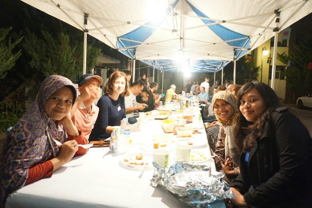 Kegiatan buka bersama mahasiswa Indonesia di Korea Selatan (foto diambil sebelum masa pandemi COVID-19).
