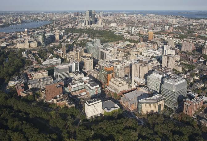 """Harvard Medical School is located in Boston's Longwood Medical Area, the """"Mecca of biomedical sciences""""- as it hosts several world class medical schools and over a dozen specialty hospitals"""