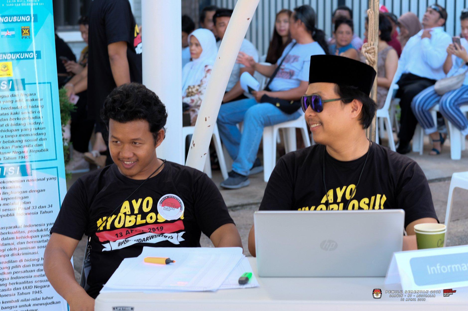 Mujiburrahman became a committee member of Indonesian General Election - Darwin. Source: Personal documentation