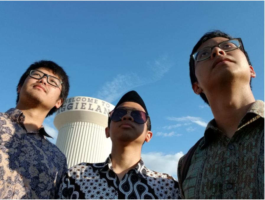 Permias TAMU Batik Day Event. Left to right: me, Tubagus Maqdisi (eks Presiden Permias), dan Farid Bakti (eks Advisor Permias)