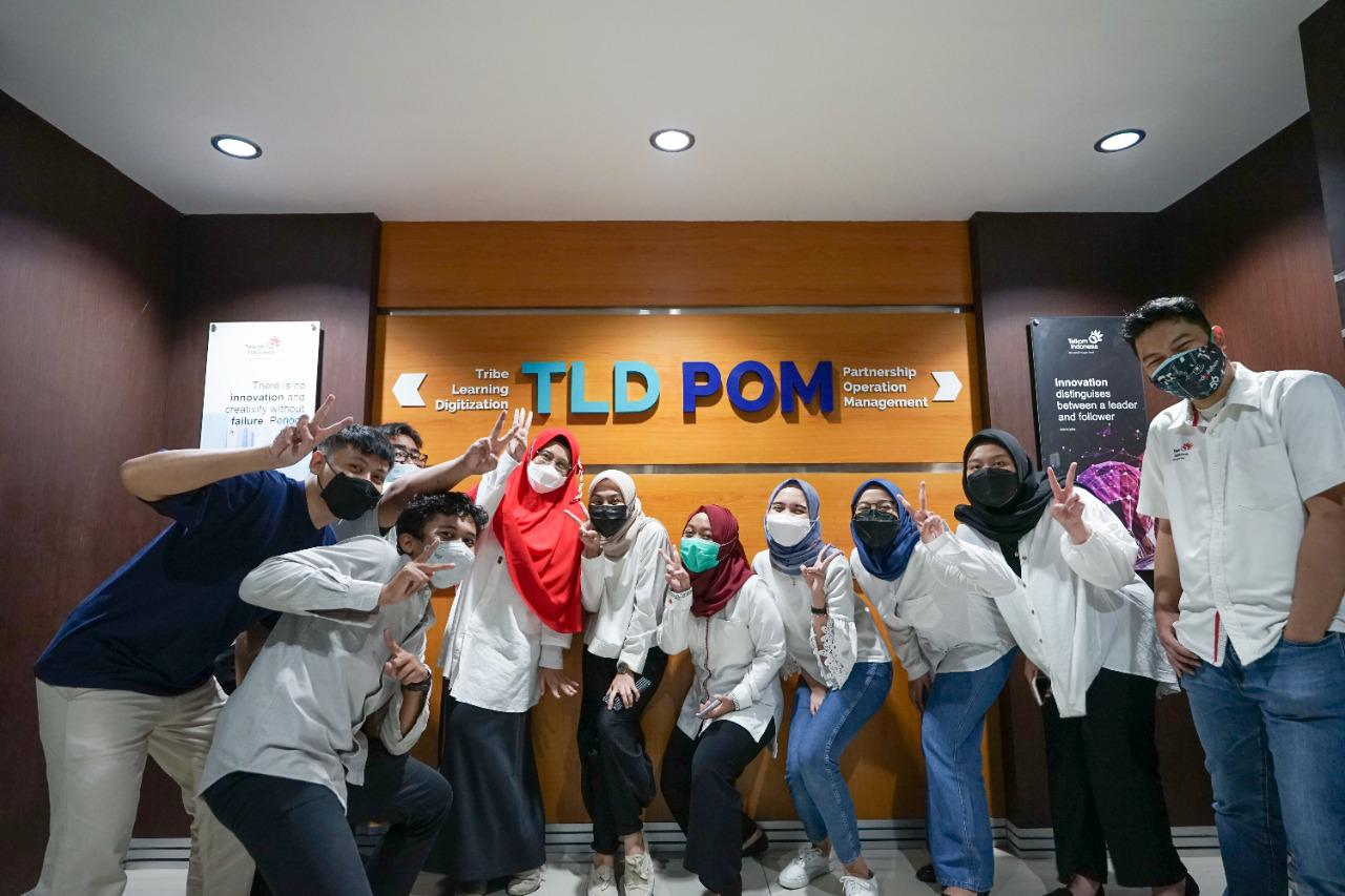On the Job Training di tim Brand and Communication, Partnership Operation Management, Telkom Corporate University (2021). Sumber: Dokumentasi Pribadi