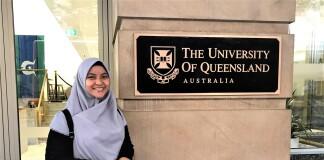 Dewi Fitria Ditaningsih saat berkunjung ke The University of Queensland di Brisbane sebelum pandemi. Sumber: Dokumentasi pribadi